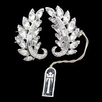 Vintage Philippe TRIFARI Rhinestone Leaf Figural Clip EARRINGS