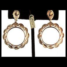 NOS Vintage Philippe TRIFARI Scalloped Goldtone Hoop Clip EARRINGS +Tag