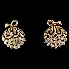 Vintage TRIFARI Goldplated Rhinestone Willow Flower Clip EARRINGS