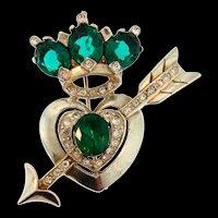 Amazing Find! 1940s Designer Heart Arrow Figural Emerald Rhinestone Brooch Pin