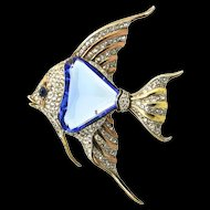 1940s TRIFARI Philippe Angelfish Fish Figural Sapphire Faceted Glass Belly FUR CLIP