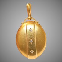 Fine Victorian 18 Carat Gold And Diamond Locket Circa 1875