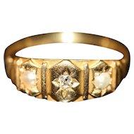 Antique English Victorian 18 carat Gold Diamond Pearl Ring