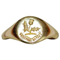 Art Deco WWI Gold Crest Signet Ring dated 1918