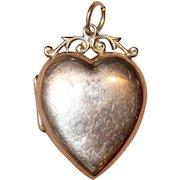 Valentines Antique Victorian 9 Carat Gold Heart Locket Pendant - Circa 1900