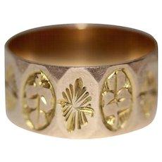 Antique Edwardian 9 Carat Gold Wide Engraved Wedding Band Stacking Ring Birmingham 1908