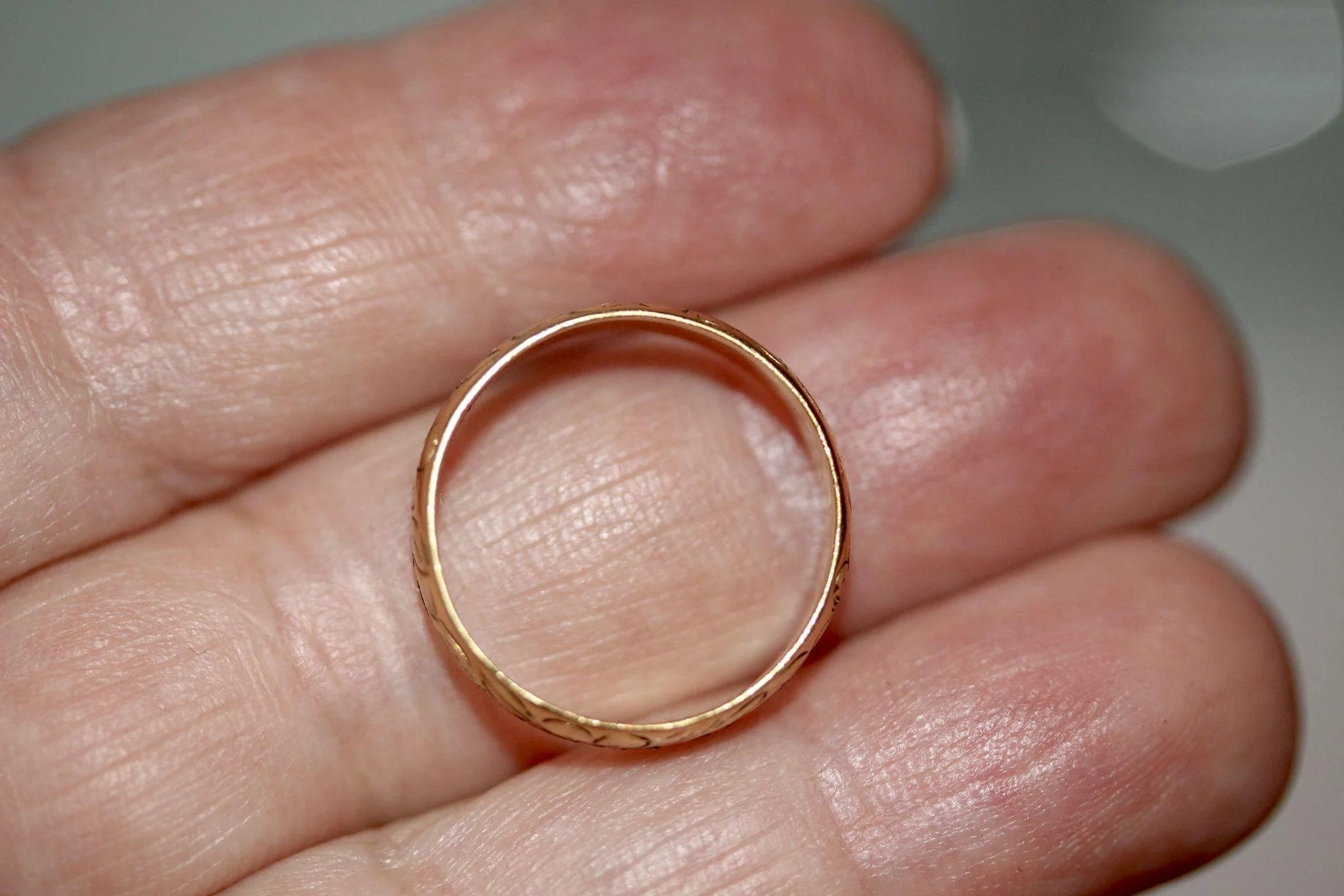 Vintage 22 Carat Gold Engraved Wedding Band Stacking Ring Dated 1972 ...