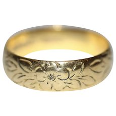 Vintage 22 Carat Gold Engraved Wedding Band Stacking Ring Dated 1972