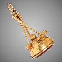 Antique Victorian Carnelian Golfing Seal 9 Carat Gold circa 1880