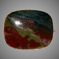 Antique Georgian Scottish Bloodstone Brooch Pin 9 Carat Gold Circa 1820
