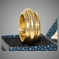 Vintage Signed PIAGET Possession Spinning Wedding Ring Band Dated 1990 18 Carat Gold