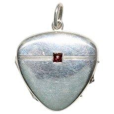 Art Nouveau Jugendstil Silver And Garnet Heart Locket Circa 1900
