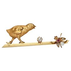 Victorian Chick And Fly Brooch Pin 18 Carat Gold Circa 1900
