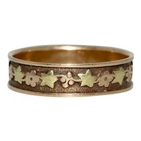 Georgian Floral Wedding Band Stacking Ring 18 K Gold Circa 1830-1840