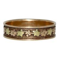 Georgian Floral Wedding Band Ring 18 kt Gold Circa 1830-1840