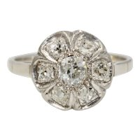 Art Deco Old Mine Cut Diamond Cluster Ring 14 Karat gold Circa 1920