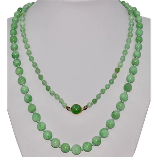 Art Deco Natural Jadeite Jade Beads Necklace With 15K Gold Clasp