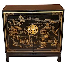 Drexel Heritage Black Lacquer Chinoiserie Style Cabinet