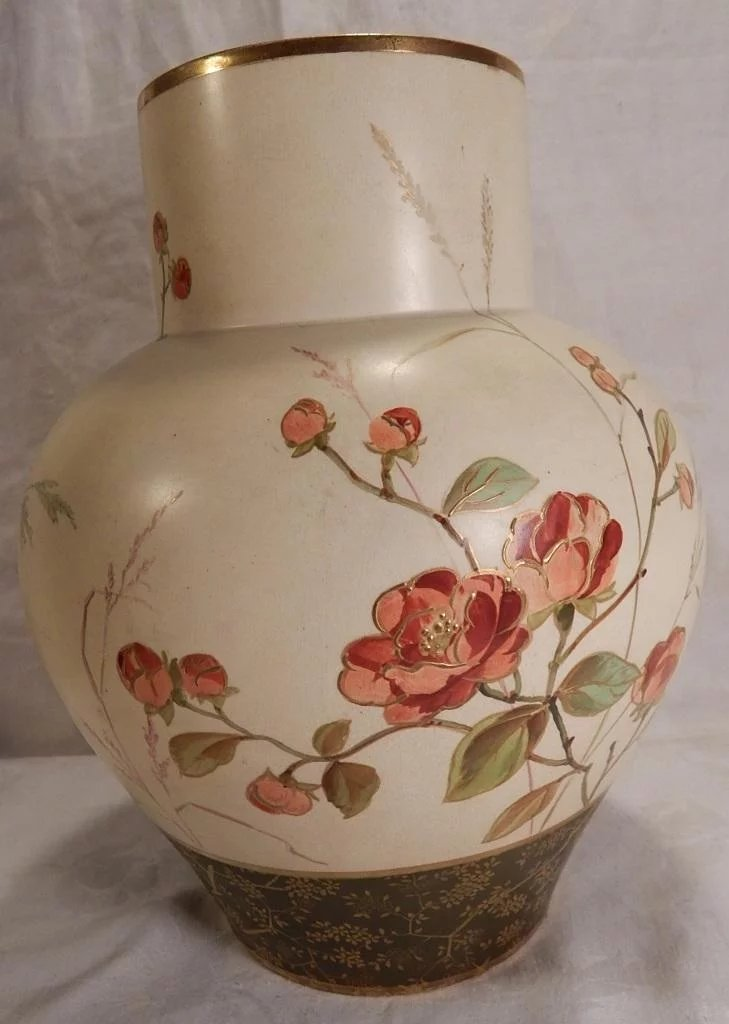 Wedgwood Victorian Hand Painted Art Pottery Vase With