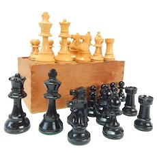 Antique Wooden Chess Set in Original Box Complete C.1910