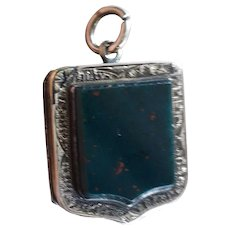Terrific Antique Scottish Bloodstone Agate Victorian 9ct Rose Gold Front and Back Locket