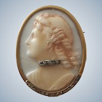 Decorative Antique Victorian Moulded Glass Habillé Cameo and Rose Diamonds Gilt Pendant Brooch
