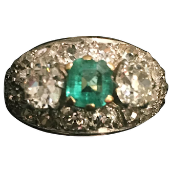 A 1950's Emerald Vintage Ring