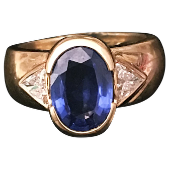 A Vintage Sapphire Ring