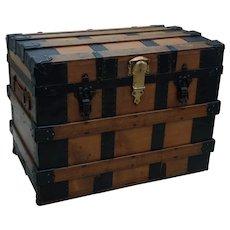 Trunk. Chest. Vintage trunk. Travel trunk. Vintage luggage: