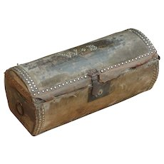 Trunk. Log trunk. Stagecoach trunk.