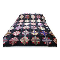 Quilt. Coverlet. American quilt.