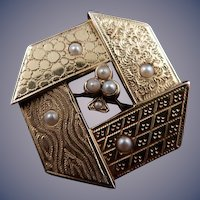 14 karat Art Dec o Seed Pearl Brooch