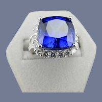 Estate 18 Karat Tanzanite and Diamond Ring