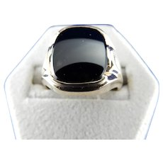 10 Karat Mens Black Onyx Ring