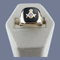 10 Karat Mens Black Onyx Masonic Ring