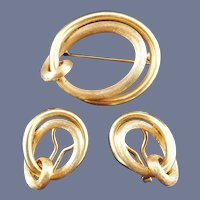 18 Karat Brooch and Earring Suite