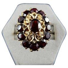 18 Karat Natural Garnet Ring