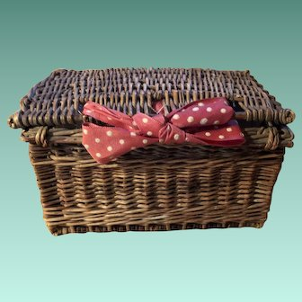 Antique French Fashion Doll Food Picnic Basket