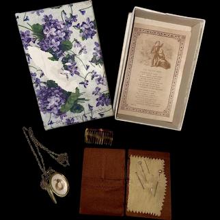 Antique Victorian Boxed Keep Sake Momentous