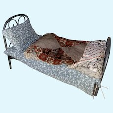 Dollhouse Miniature Metal Antique Style Bed