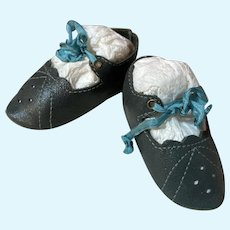 """Rare Dark Green Kid Leather Doll Shoes ~ 2 3/4 long & 1 1/4"""" wide ~~~ Please contact for an invoice ~~"""