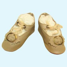 """Kid Ivory Leather  German Doll Shoes or French Bebe ~ 2 3/4""""long  by 1 1/4"""" wide ~~ #5n"""