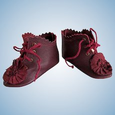 Kid Leather Burgundy Bebe Lace up Boots  Shoes  French German Doll~~ 3 inch long by 1 1/4 wide in a widest point of the sole