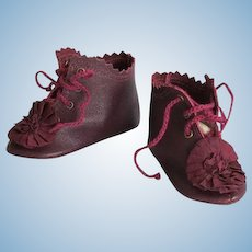 Kid Leather Burgundy Lace up Boots Shoes French German Doll~~ 3 inch long by 1 1/4 wide in a widest point of the sole