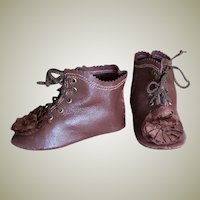 Kid Leather Brown Doll Shoes Antique French German Bebe Lace up boots ~ 3 1/2 inch long & 1 1/4 inch wide ~~