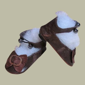 "Brown Patent Kid Leather Shoes with heels for German Doll or French Bebe ~~ 2 1/2"" long by 1 1/8"" wide~~ Please contact for an invoice ~~~"