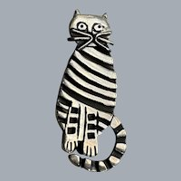 Vintage Sterling Silver Striped Sitting Cat Pin Brooch