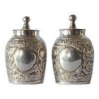 Antique silver pepperettes, Edward Hutton, London, 1891.