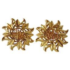 Vintage Louis Féraud gold tone earrings.