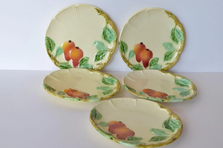 Majolicaart nouveau plates (5) late 19th century. & Majolicaart nouveau plates (5) late 19th century. : Caragh ...
